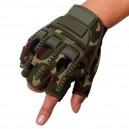 """Protektoros taktikai kesztyű """"M"""" méretben, """"Multicam"""" színben, félujjas"""
